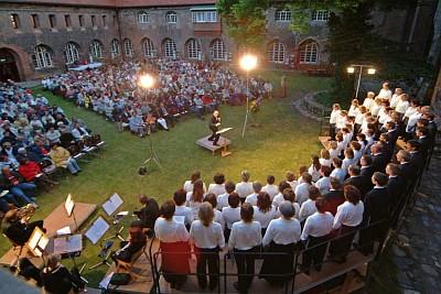 Klostergartenkonzert 2004