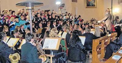 Das Konzert in der Kirche des Heiligen Kasimir im polnischen Police (Foto: Wolfram Otto)