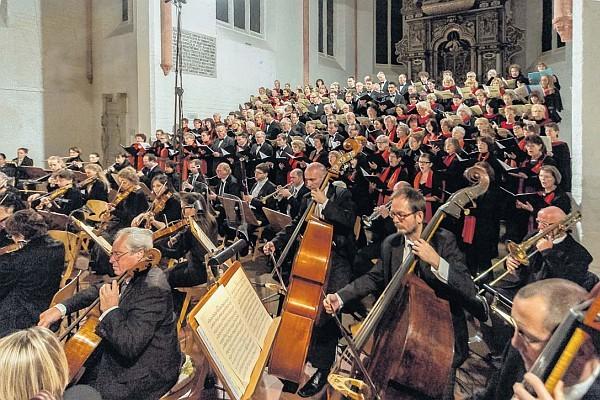 Aufführung von Bruckners Te Deum in der Nikolaikirche in Prenzlau (Foto: Franz Roge)