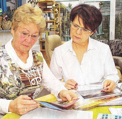 Gabriele Vogel (links) und Vereinsvorsitzende Elke Rohsius (Foto: Monika Strehlow)