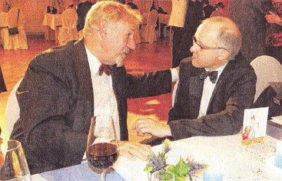 Klaus-Jürgen Gundlach (links) und Jürgen Bischof, Direktor der Kulturagentur (Foto: Alexandra Martinot)