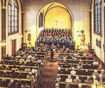 """Gemeinsames Konzert des Uckermärkischen Konzertchores Prenzlau und des Chores """"Harmonija"""" aus Varena am 29.04.2017 in der Kirche St. Maria Magdalena in Prenzlau (Foto: Franz Roge)"""